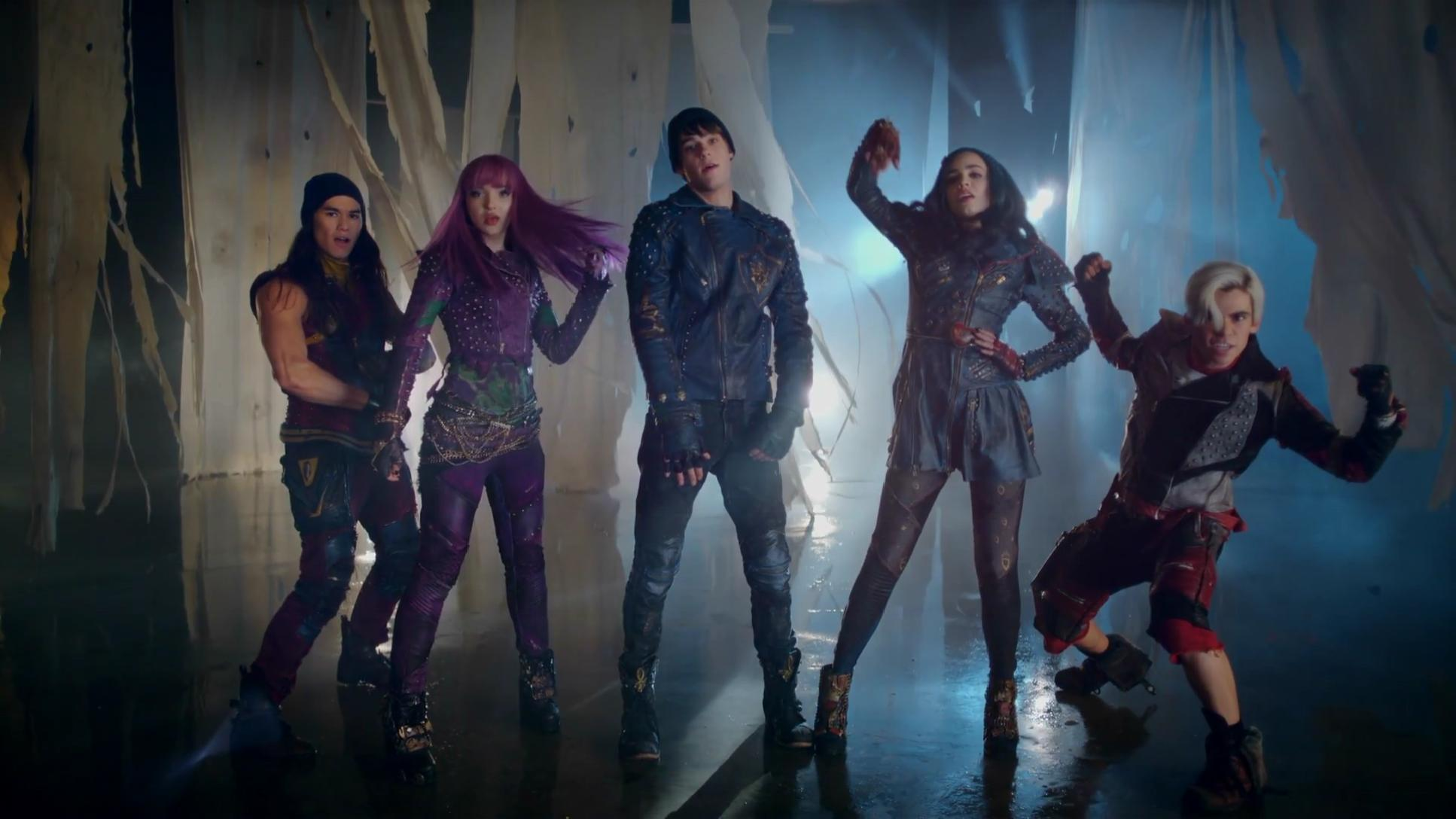 "Dove Cameron, Sofia Carson, Cameron Boyce, Booboo Stewart - Ways to Be Wicked (From ""Descendants 2"")"