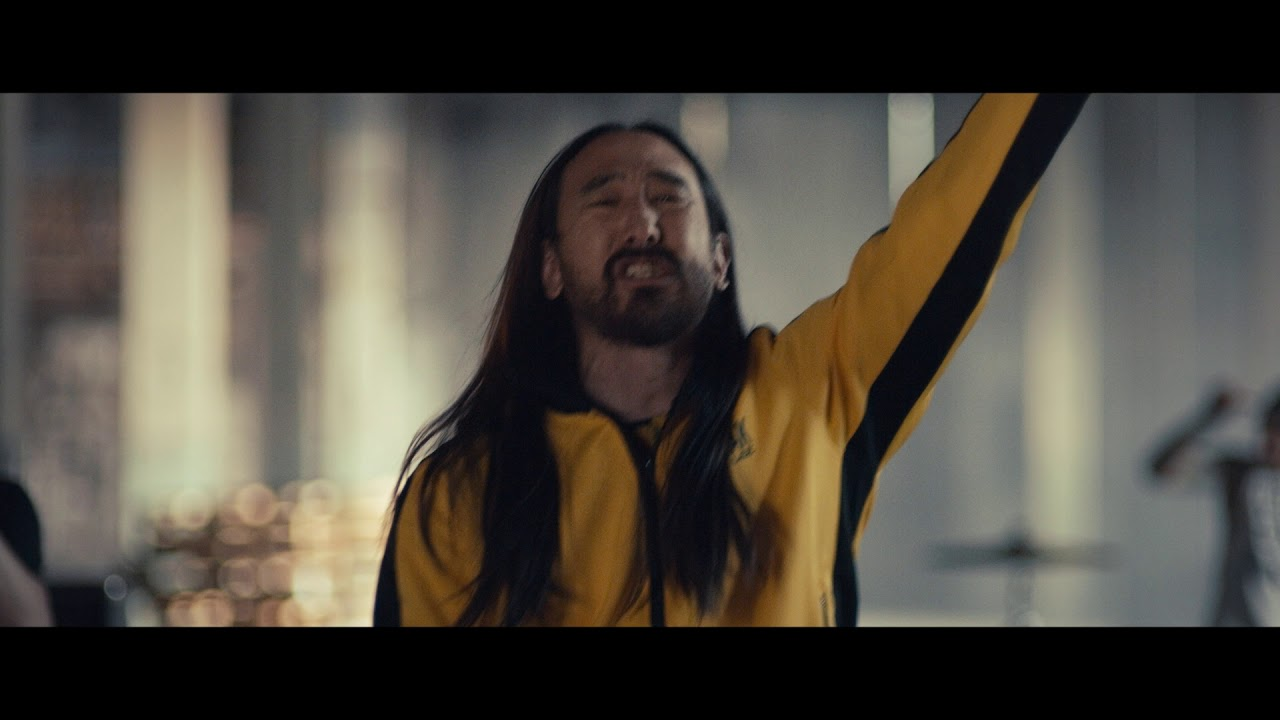 Steve Aoki - Why Are We So Broken feat. Blink 182